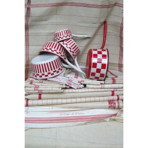 Antique haberdashery postcard Red and white checks